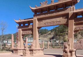 云南砂岩仿古建筑雕刻门